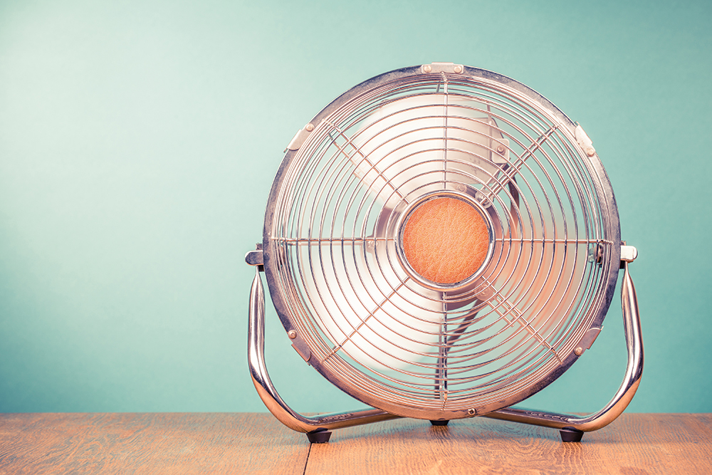 summer desk fan
